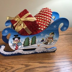 Small painted wooden Christmas sleigh w/ornaments